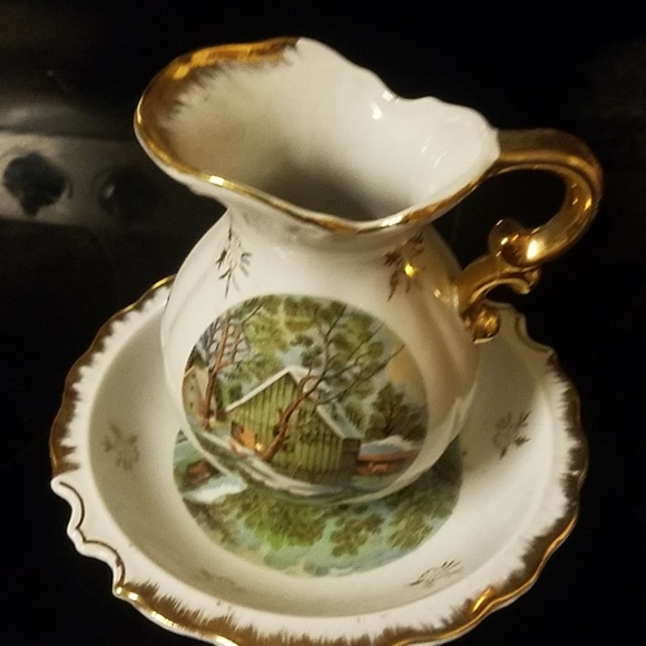 collection Other - Golden plates jug with sauce China collection
